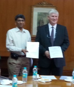 Prof. Anurag Kumar, Director, Indian Institute of Science, Bangalore, India and Dr. Mark Bailey, Director, Centre for Ecology & Hydrology, UK Showing Signed MoU