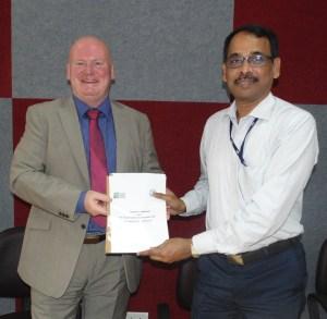Dr. Bob Ferrier, Director, James Hutton Institute, Scotland and Mr. V. Rajarajan, Registrar, Indian Institute of Science, Bangalore showing signed MoU